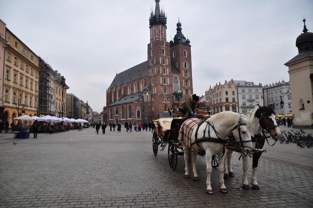 Vé máy bay đi Krakow giá rẻ