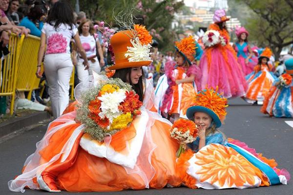 Rực rỡ lễ hội hoa Madeira