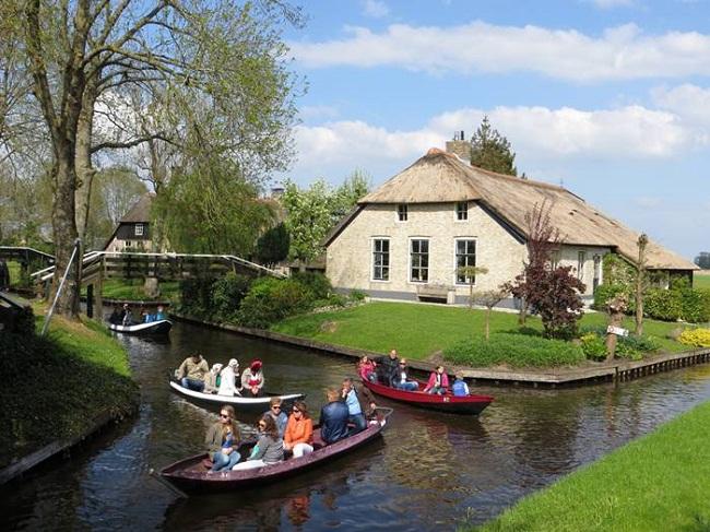 Giethoorn ngôi làng bình yên nhất Hà Lan