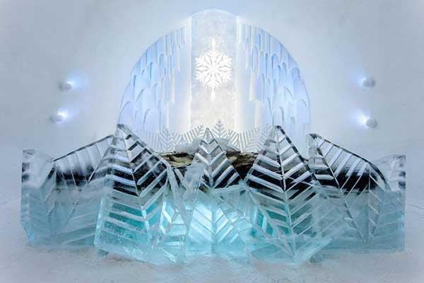 Tận hưởng kỳ nghỉ tại khách sạn băng tuyết ở thụy điển