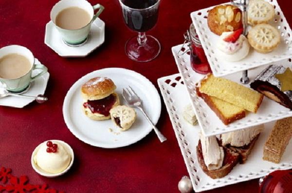 Trà kem món tráng miệng hấp dẫn của người Anh