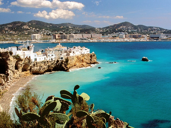 Ibiza điểm du lịch hấp dẫn