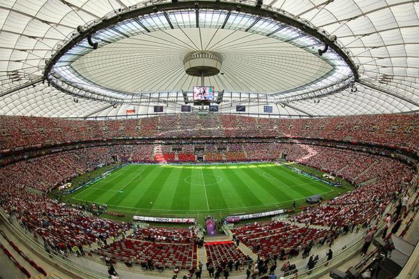 Tham quan sân vận động vương miện Warsaw
