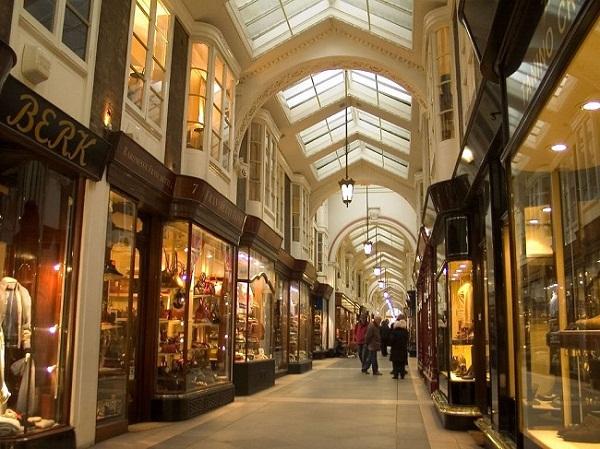 Khu mua sắm Burlington Arcade