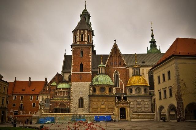 Kiến trúc cung điện Wawel