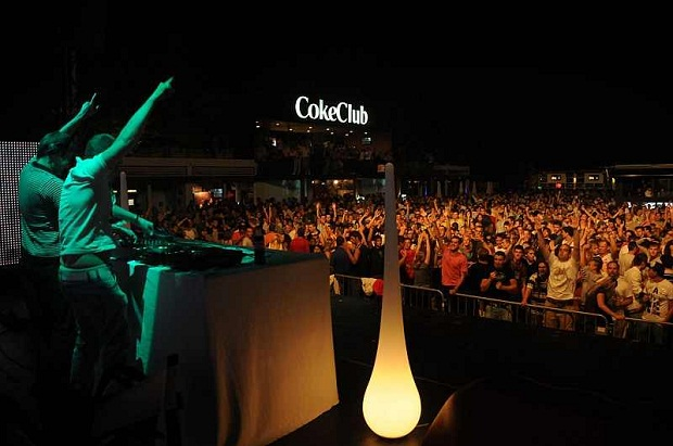 Coke Club tại Lake Balaton Siofok