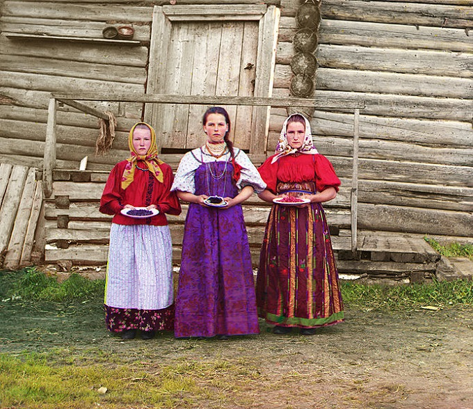 Russian-Peasant-folk-costumes