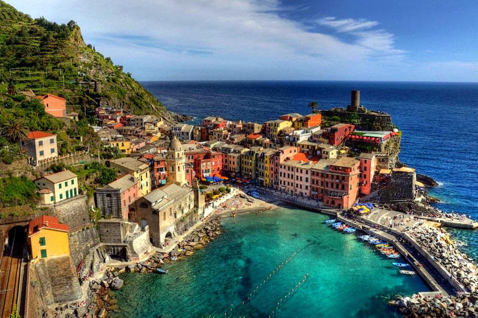 biển Liguria