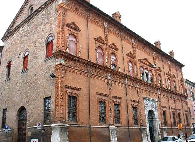 lâu đài Schifanoia Palazzo
