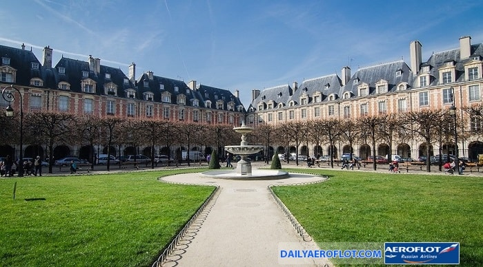 Vẻ đẹp yên bình ở quảng trường Vosges