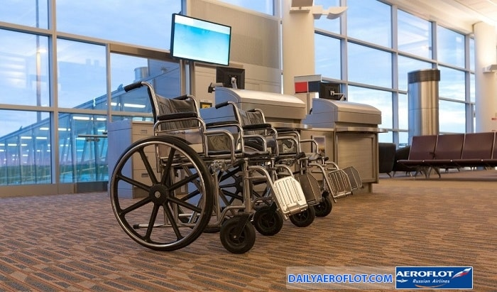 Xe lăn của người khuyết tật khi đi máy bay